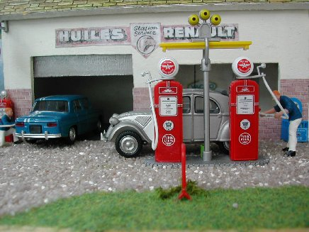 diorama de voitures anciennes au 1 43e. Black Bedroom Furniture Sets. Home Design Ideas