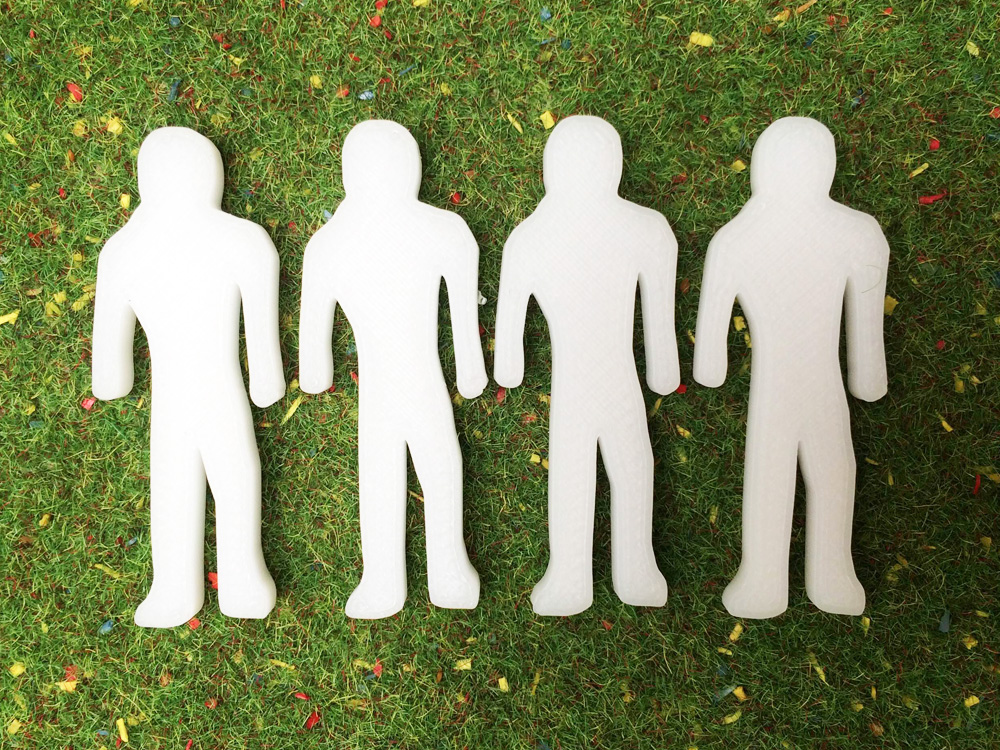 4 Silhouettes personnages miniatures