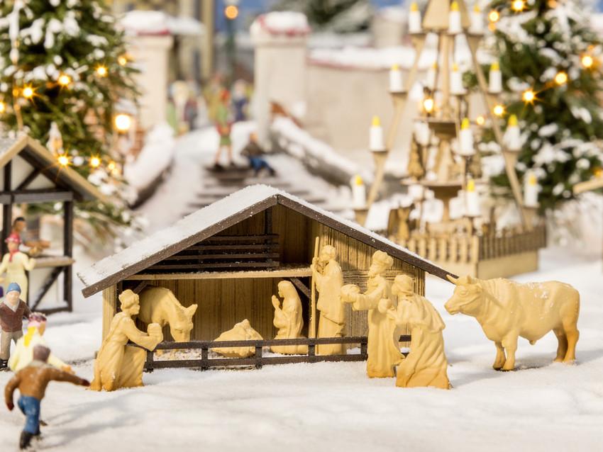 Décor miniature : Crèche de marché de Noël - 1:87 HO - Noch 14394