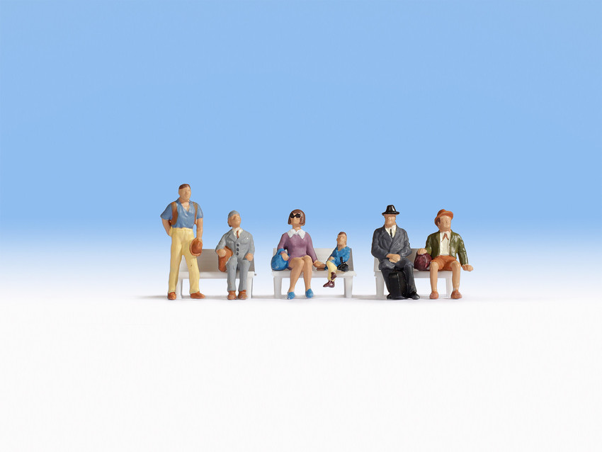 Figurines miniatures : Voyageurs assis  1:87 - Noch 15240