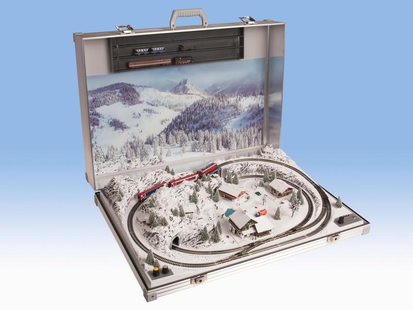 """Réseau en mallette """"Garmisch"""" avec voies Minitrix - 1:160 N - Noch 88405"""