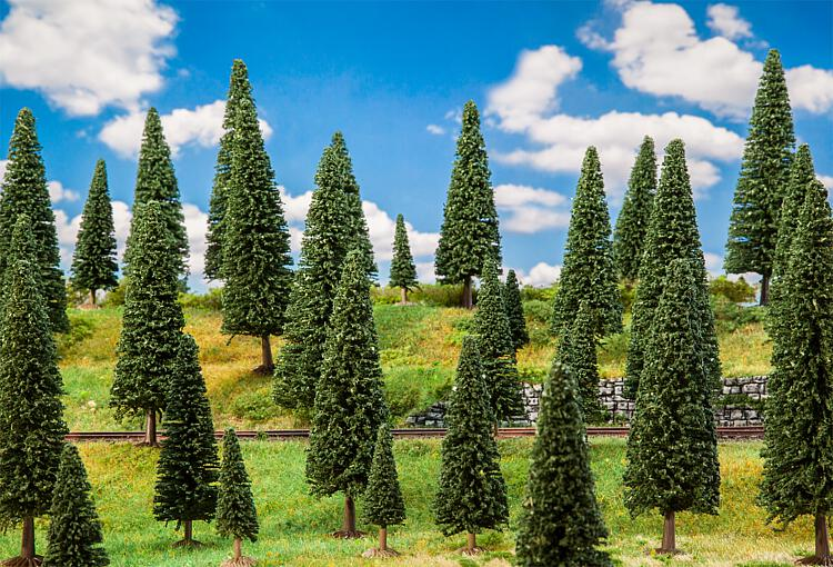 Végétations miniatures : 10 Sapins, assortis - 1:87 HO, 1:120 TT - Faller 181537