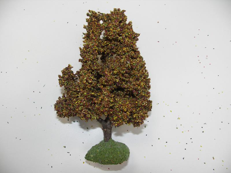 Chêne Automne miniature 14 cm tronc bois - décors pour crèches
