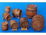 Décors miniatures : 18 Futs en bois - 1:35 - Plus Model 204