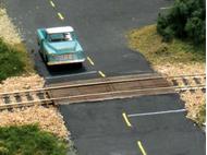 Passage à niveau en bois, échelle O -  Woodland Scenics C1145