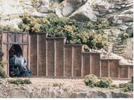 Mur de soutènement en bois au 1:87 - Woodland C1260