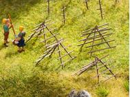 Bâtiment miniature : Chevalets de foin - 1:87 HO - Noch 14251