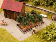 Décorations miniatures : 6 plants de tomates 3 cm x 6 cm - 1/87 HO - Noch 13215