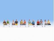 Figurines miniatures : Passagers assis (sans pieds)1:87 - Noch 15250