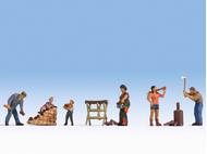 Personnages miniatures : Faire du petit bois - 1:160 N - Noch 36616 - diorama.fr