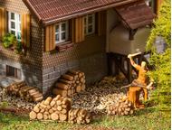 Accessoires miniatures : 6 Petites piles de bois de chauffage - 1:87 H0 - Faller 180940