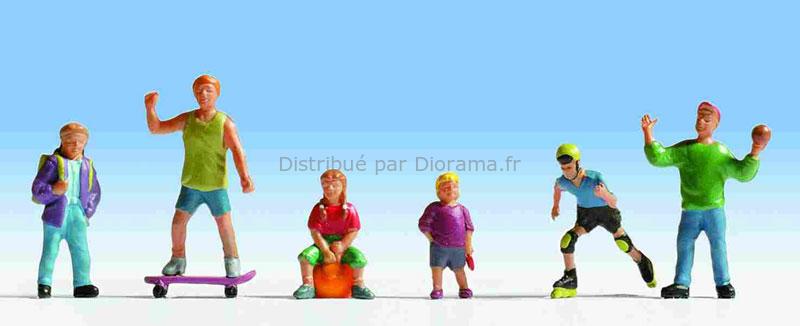 Figurines miniatures : Enfants jouants - Noch 15810