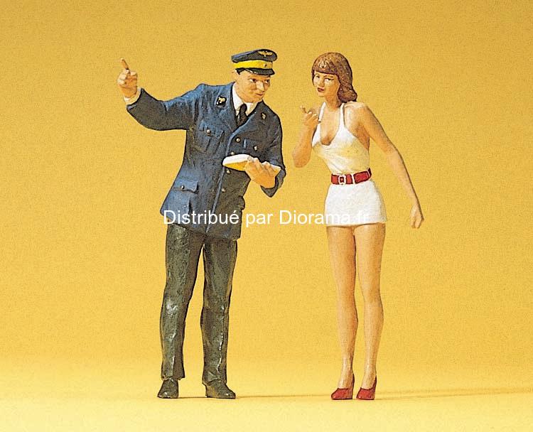 Preiser-45001 - Femme sexie et agent de police 1:22,5