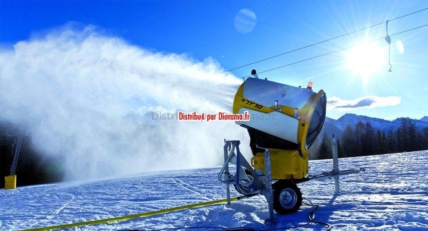 Canon à neige Technoalpin tf10 sur remorque 1:32