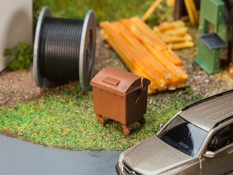 2 Poubelles brunes miniatures ‐ Époque IV : 1978/1985 - 1:87 HO - Faller 180960