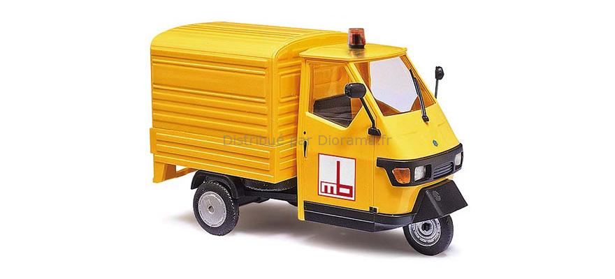 Voiture miniature - BUV Piaggio Ape 50 ‐ Jaune ‐ 2006 - 1:87 - HO - Bush 48494
