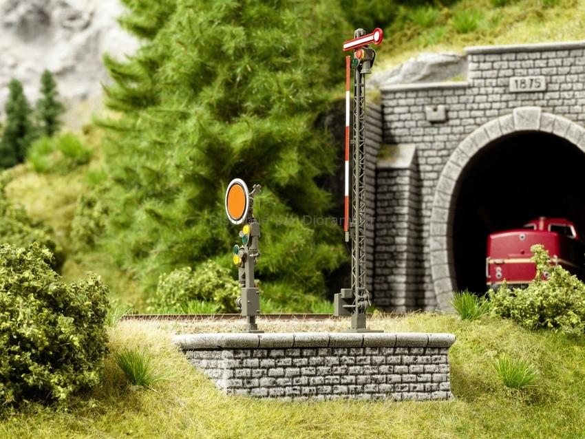 Modélisme ferroviaire : Grands socles de signal 3D - 1:160 N - Noch 34305