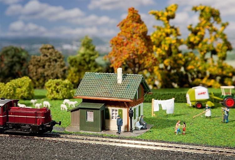 Bâtiment miniature : Maison de garde-barrière - 1:87 - Faller 131356