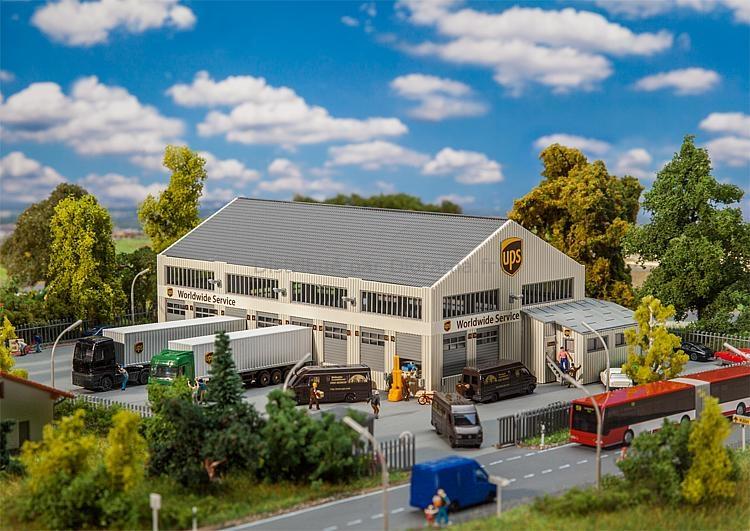 Bâtiment miniature : Hall logistique UPS - 1:160 N - Faller 222221