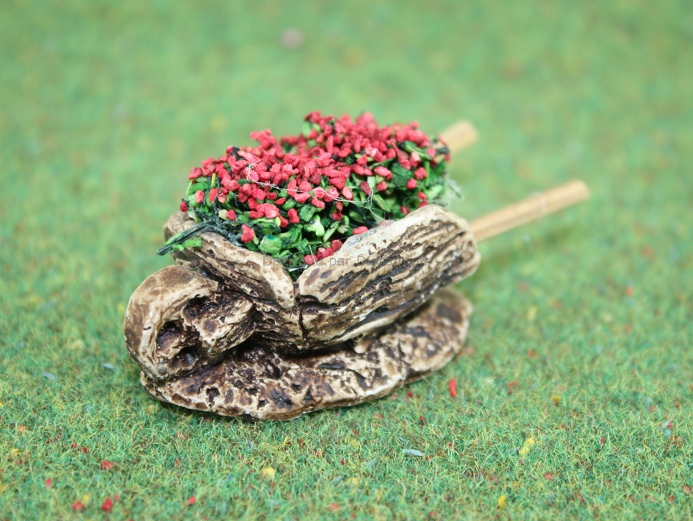 Accessoires de crèche : 1 Brouetteminiature de fleurs rouges - FR 21122Ro