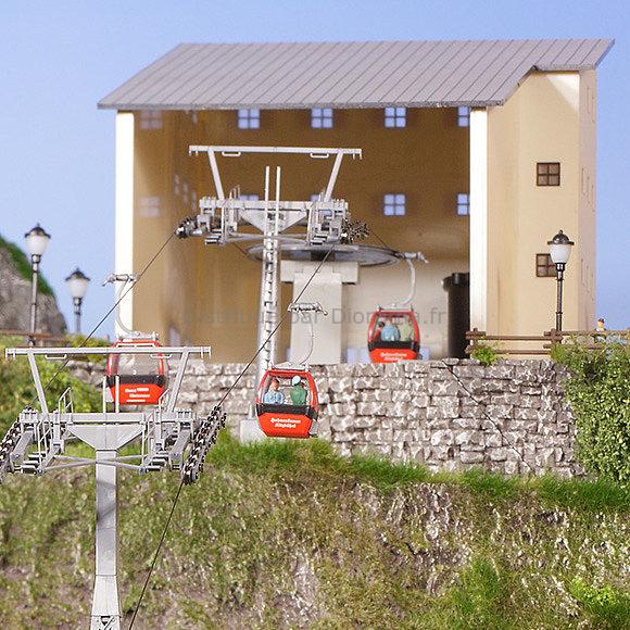 Décor miniature : Gare de télécabine autrichien Hahnenkamm - 1:87 - Brawa 6343, 06343