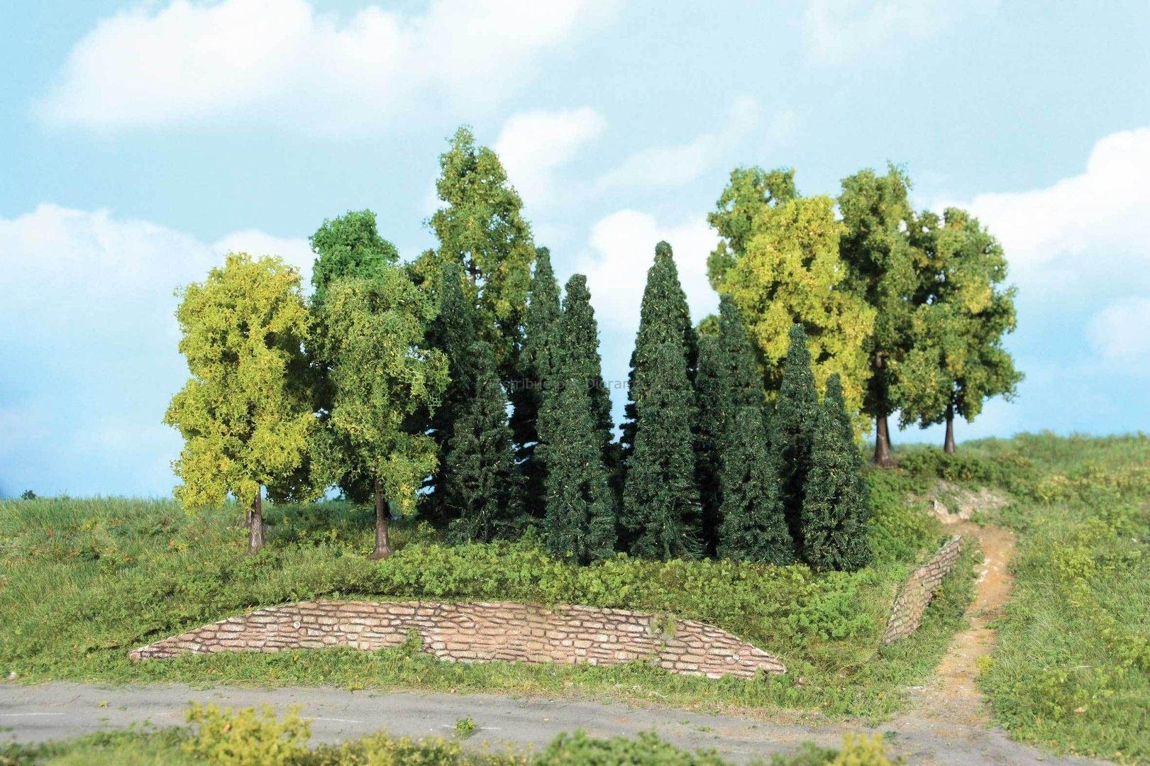 22 sapins et arbres miniatures de forêt, mixtes 5 - 12 cm, 1:160 - N - Heki 1958