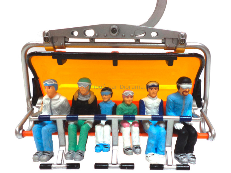 Miniatures de 6 personnages assis avec ski - 1:32 : JC collection